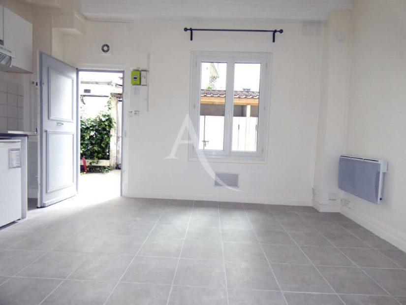 appartement location charenton le pont: beau studio 1 pièce, rdc sur cour