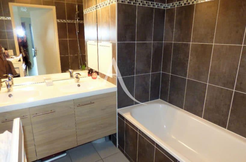 appartement à vendre à maisons alfort, 3 pièces 68 m², ref.3107, salle de bains standing avec baignoire