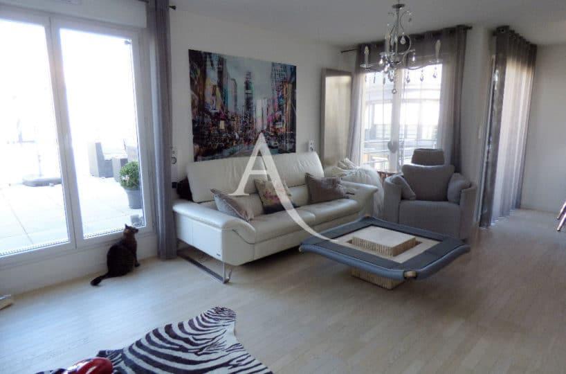 vente appartement maisons alfort, 3 pièces 68 m² - ref.3107, vue séjour avec accès grande terrasse