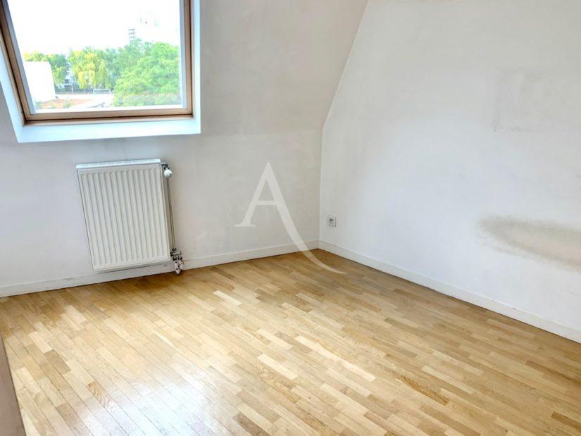 vente appartement 94700: 4 pièces 84 m², 2° chambre à coucher, placards