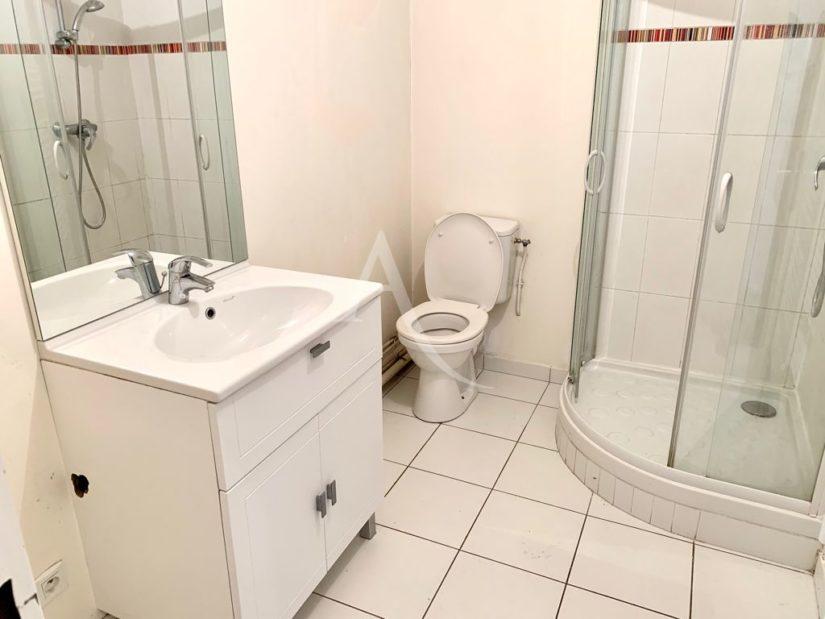 appartement a vendre maisons alfort: 4 pièces 84 m², salle d'eau avec douche et wc