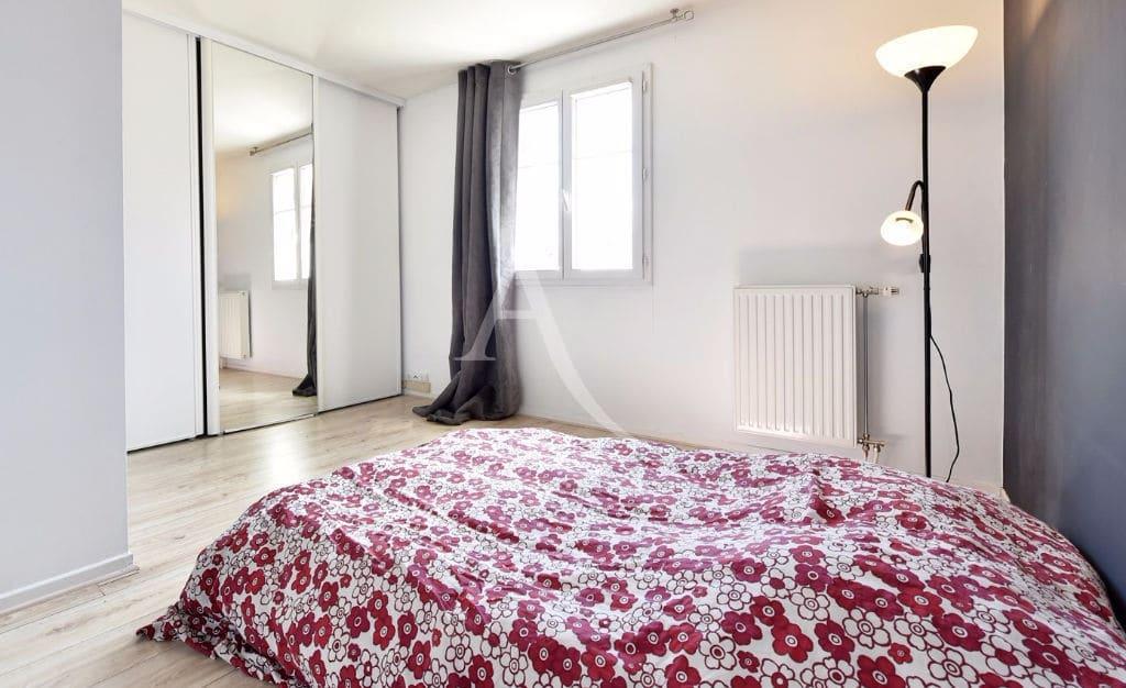 l'adresse valerie immobilier - maison de ville 4 pièces 72.28 m² jardin et box - annonce 3123 - photo Im04