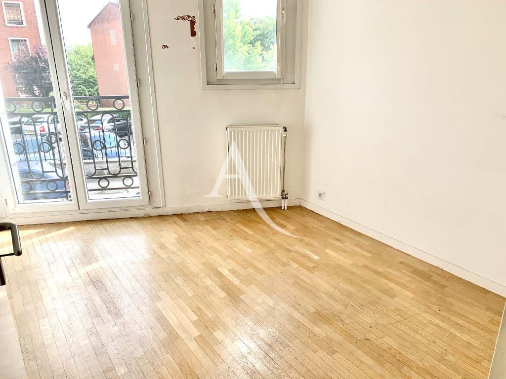 appartement à vendre à maisons-alfort - 4 pièce(s) 84 m² une des trois chambres