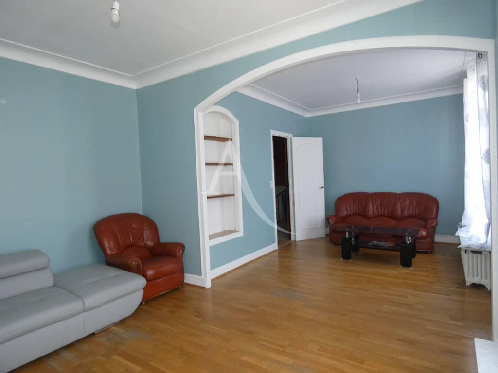 immo valerie: maison 7 pièces 110 m², double-séjour parquetté au rez de chaussée