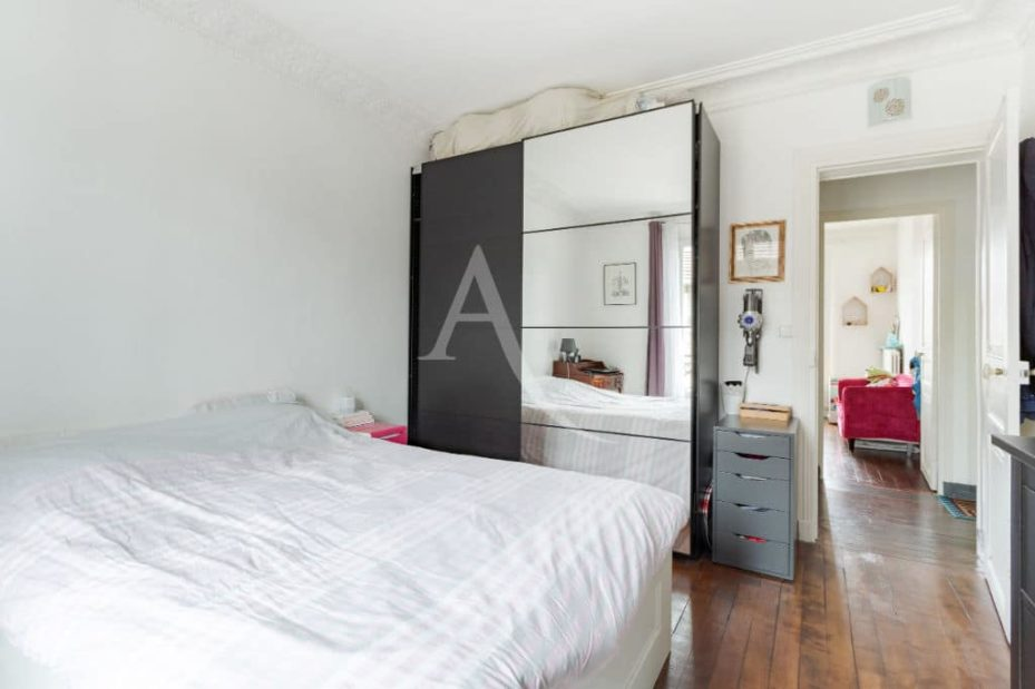 achat appartement maison alfort: 3 pièces 53 m², chambre à coucher avec parquet au sol