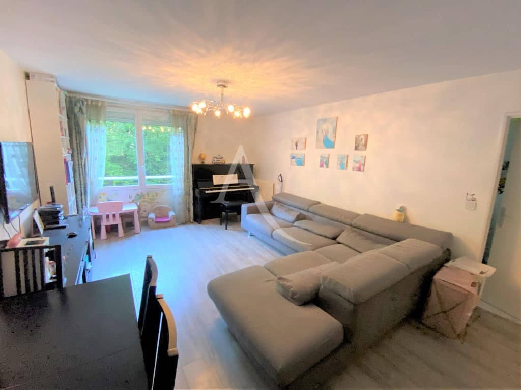 appartement à vendre maisons-alfort: 3 pièces, séjour de plus de 30 m² avec plafonnier
