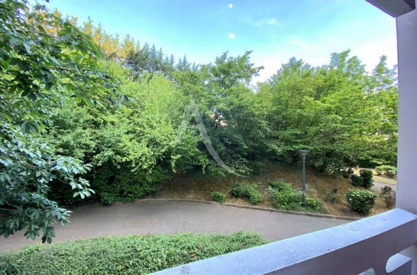 achat appartement maisons alfort: 3 pièces 69 m², balcon avec vue sur jardin intérieur