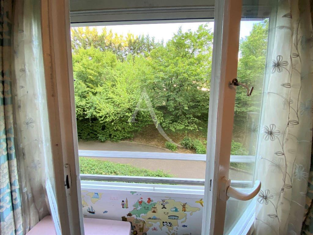 vente appartement maisons-alfort: 3 pièces, chambre parentale, balcon vue sur jardin