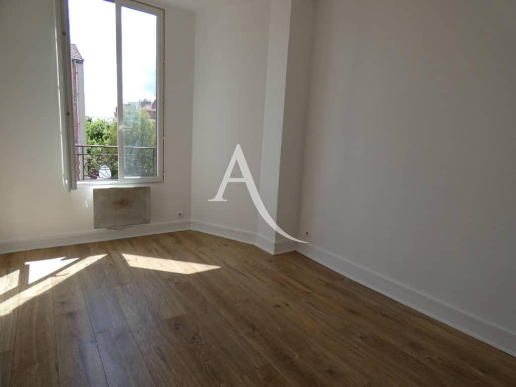 louer appartement alfortville: 2 pièces 31 m², séjour - fenêtre double vitrage