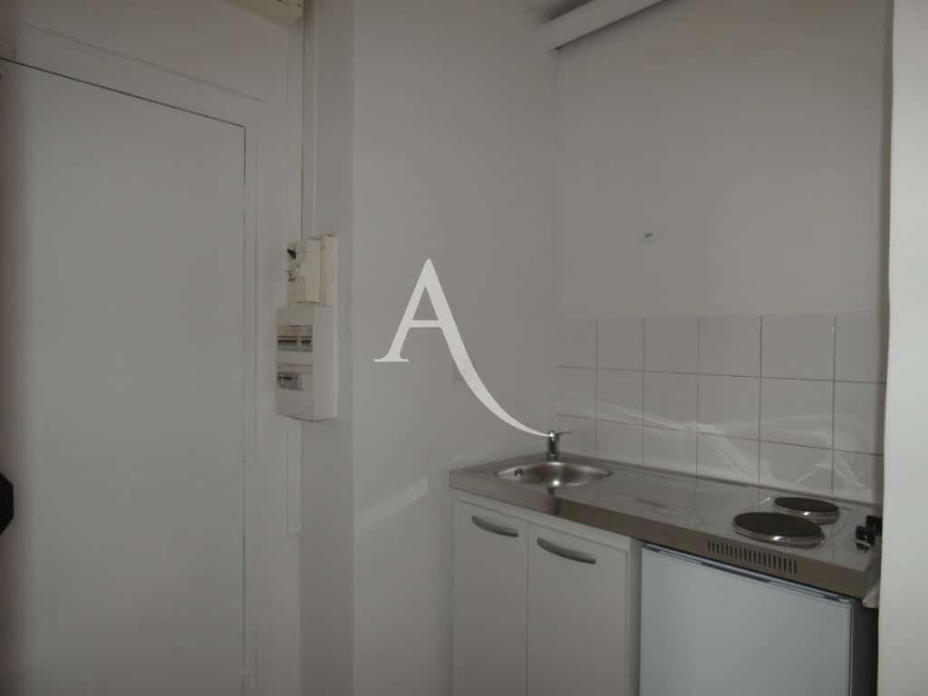 agence immobilière 94 - appartement 2 pièces 30.m² - ref.3113 - Im11