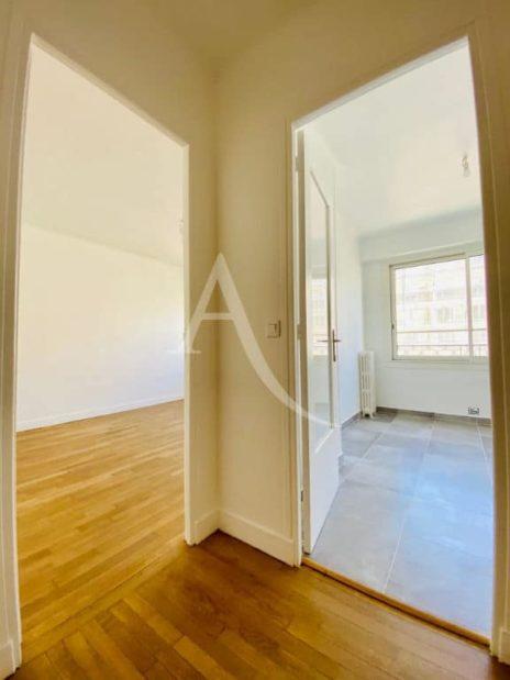 appartement location charenton le pont:  2 pièces, entrée du séjour et chambre