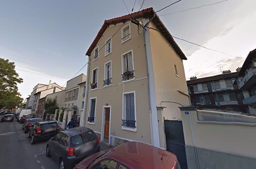 l'adresse valerie immobilier - appartement 3 pièces 52 m² situé au 1er étage d'une petite copropriété