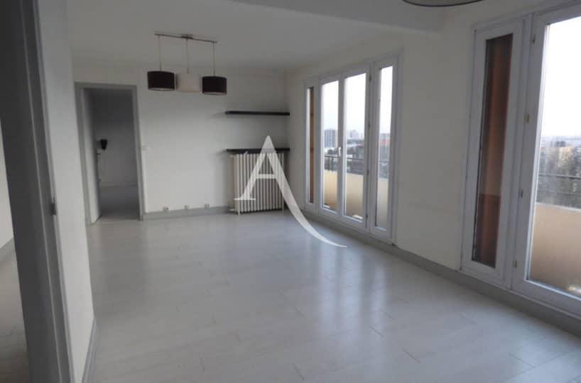 location appartement maisons alfort: appartement 3 pièces 71 m²,  double séjour avec balcons, 2 portes fenêtres
