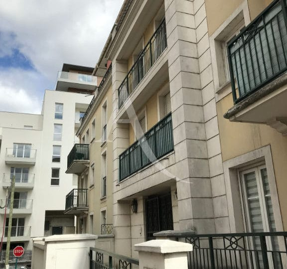l adresse alfortville, loue appartement 3 pièces 62 m², façade immeuble standing