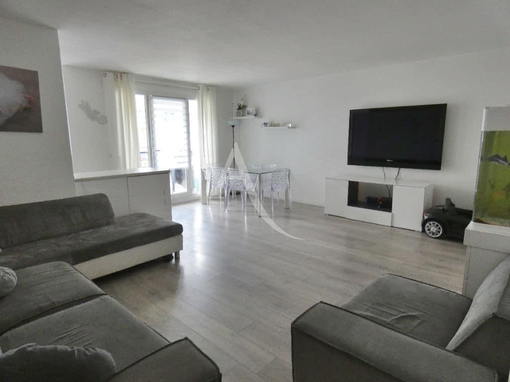 vente appartement alfortville: 3 pièces 68 m², séjour avec cuisine américaine, centre ville
