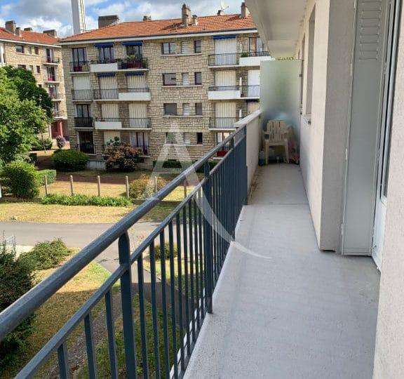 immobilier maison alfort: studio 28 m², balcon donnant sur espace vert