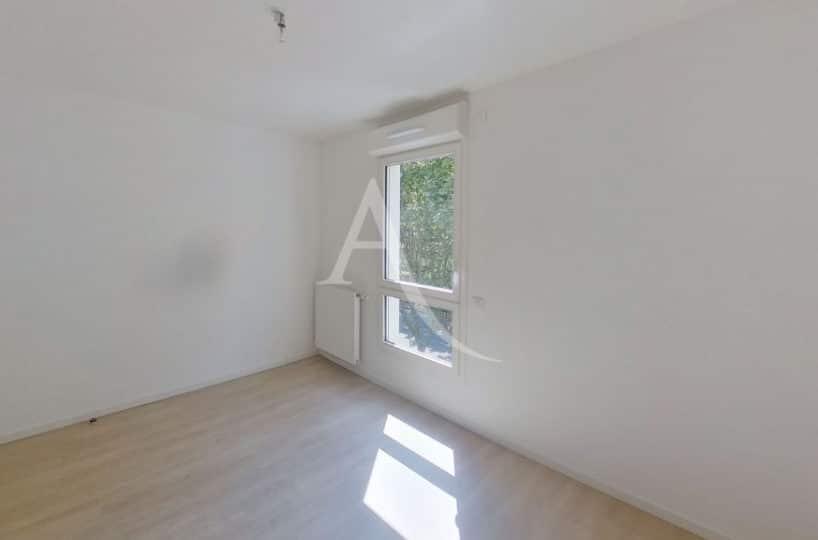 location appartement 94, 3 pièces neuf 69 m², créteil avec 2 chambres- ref.G577 - Im07