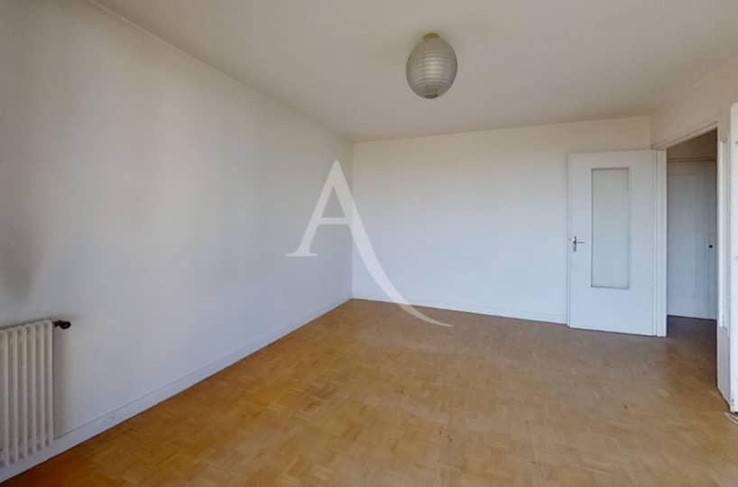 immobilier à vendre: appartement 4 pièces 95 m², première chambre avec balcon, ref.2862