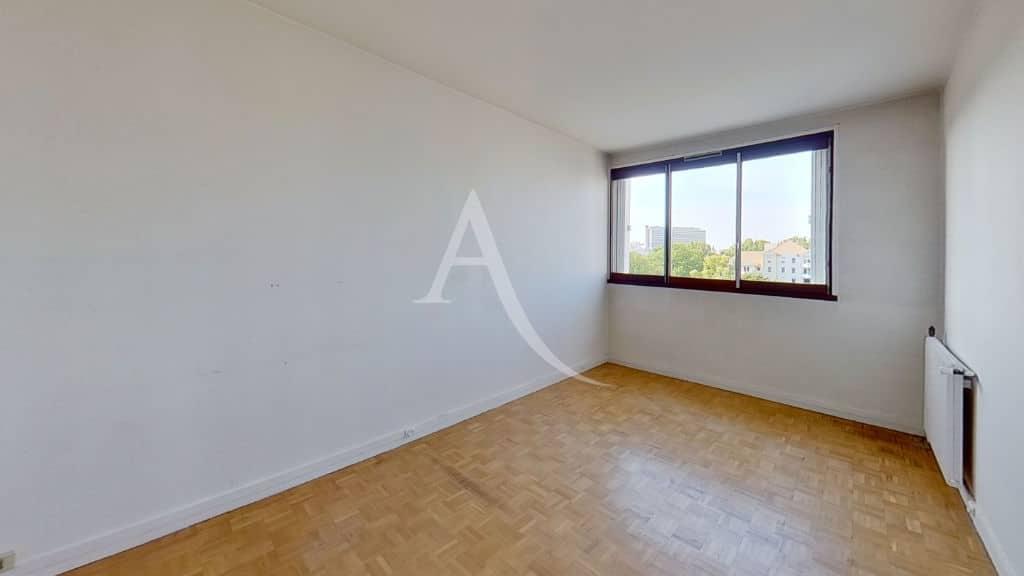 appartement à vendre val marne: 4 pièces 95 m² - dernier étage, seconde chambre avec placards intégrés