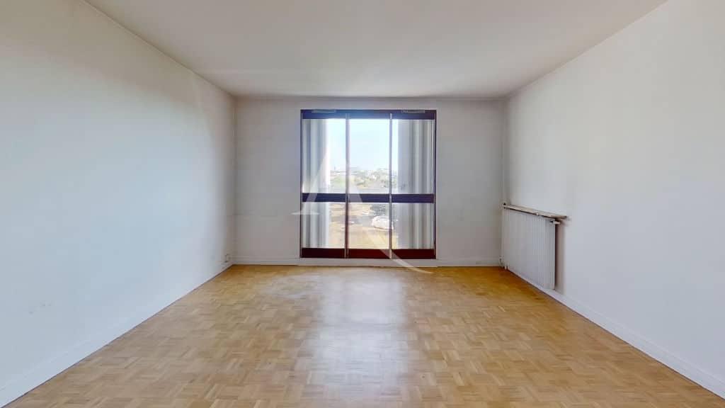 liste agence immobilière 94: appartement 4 pièces 95 m², séjour avec balcon vue dégagée