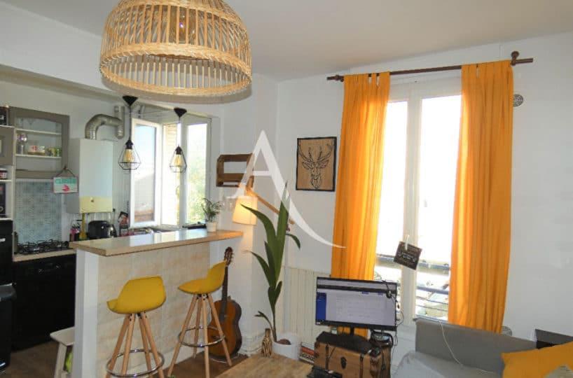 agence immo alfortville: appartement 2 pièces 30 m², cuisine ouverte sur le salon