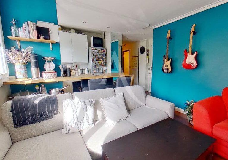 agence immobilière saint maurice: appartement 3 pièces 49 m², séjour 24 m² ouvert sur la cuisine