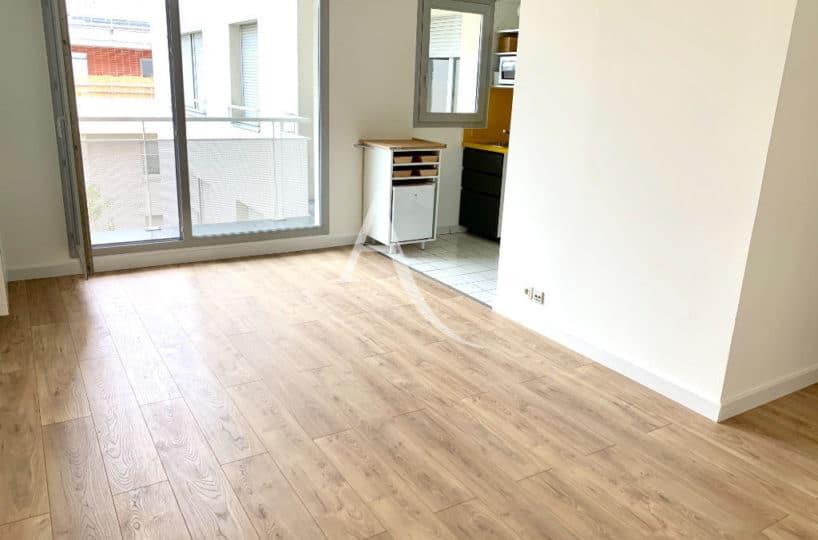 liste agence immobilière 94: vente appartement ivry-sur-seine 2 pièces 43 m², aperçu du séjour