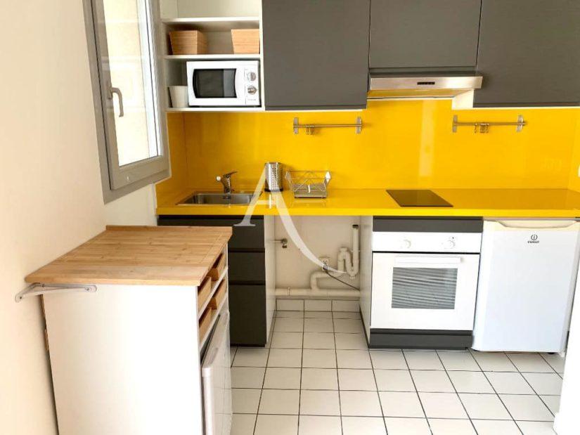 l adresse alfortville - vend appartement ivry-sur-seine 2 pièces 43 m² - aperçu la cuisine équipée