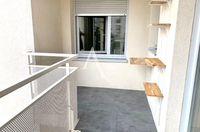 meilleur prix immobilier - appartement à vendre à ivry sur seine 2 pièces 43 m² avec loggia 6 m²