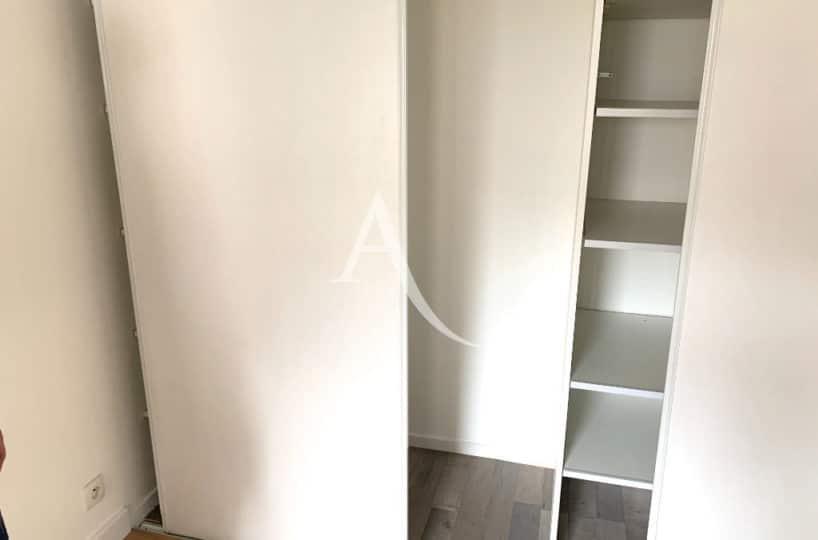 immobilier à vendre - appartement ivry sur seine 2 pièces 43 m² - grands rangements dans la chambre