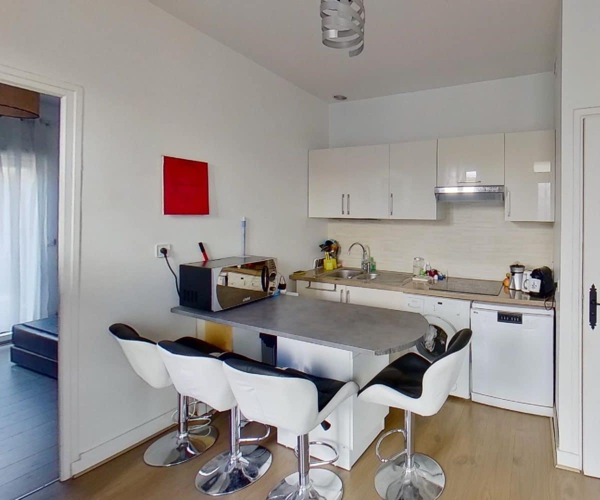 agence immobilière 94: maison 3 pièces 40 m² avec cuisine moderne aménagé et ouverte, secteur adamville