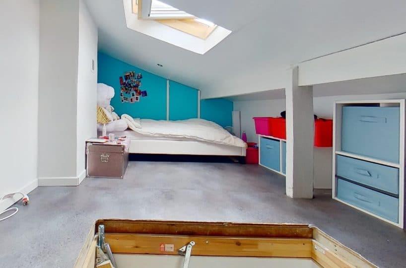 agence immobiliere du val de marne: maison 3 pièces, à l'étage chambre à coucher