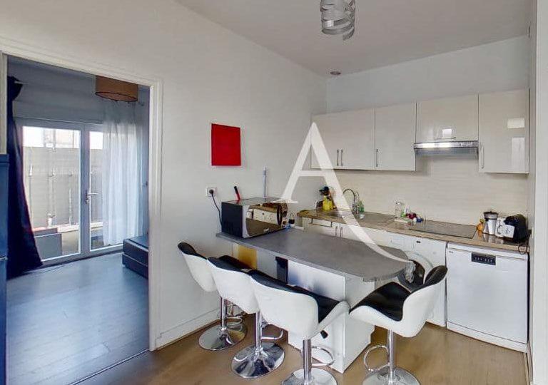 vente de pavillon dans le 94: maison 3 pièces 40 m², avec cuisine moderne aménagé et ouverte