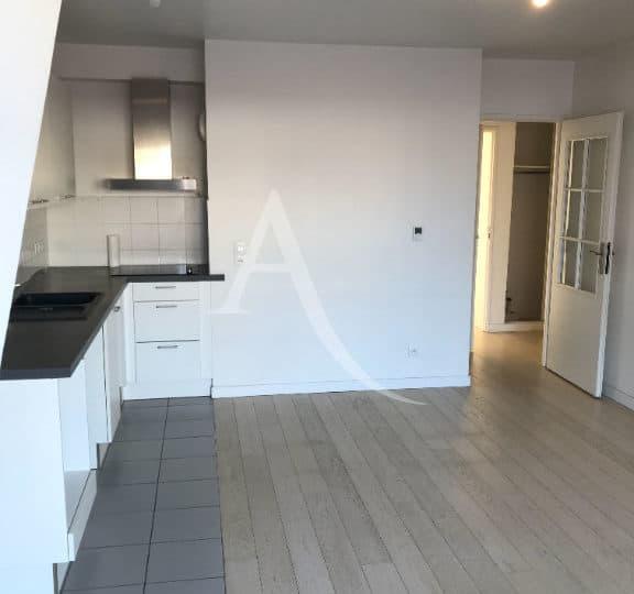 agence immobilière alfortville - appartement 3 pièces 62 m² , séjour ouvert sur cuisine aménagée