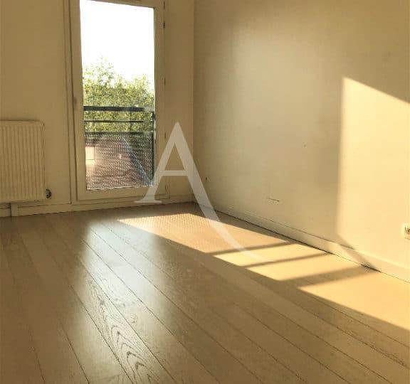 agence immobiliere alfortville: appartement 3 pièces 62 m², dans résidence 2013