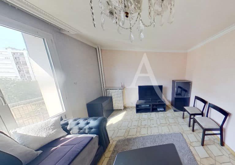 location appartement val de marne: appartement 4 pièces 66 m², à vitry sur seine centre