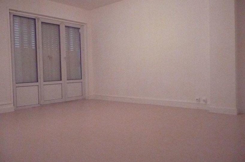 agence immo maisons-alfort: appartement 2 pièces 51 m² à louer, séjour accès balcon