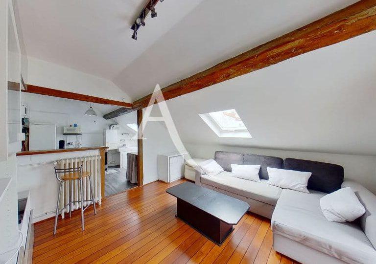achat appartement charenton le pont: 2 pièces 48 m², séjour avec cuisine ouverte, entièrement rénové