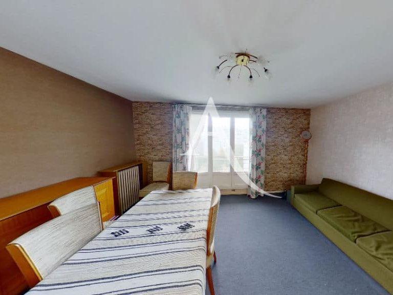 immobilier 94: appartement 4 pièces 66 m² avec balcon, à vitry sur seine, au 6° étage d'une résidence bien tenue, avec ascenseur