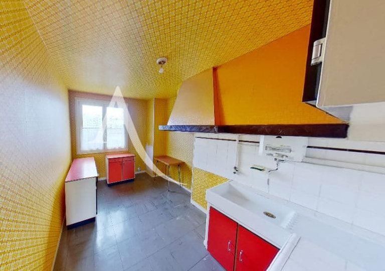 vente direct immo: appartement 4 pièces 66 m², cuisine indépendante aménagée
