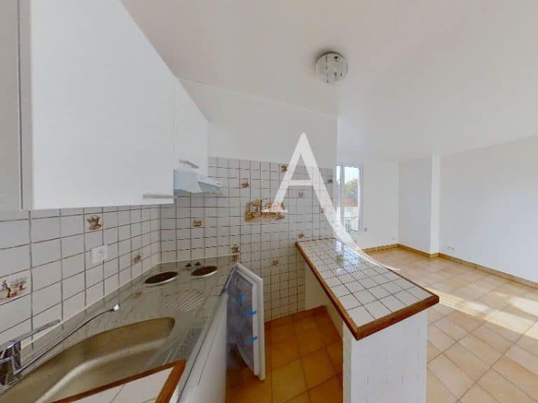 appartement alfortville: studio 20 m², cuisine us aménagée et équipée