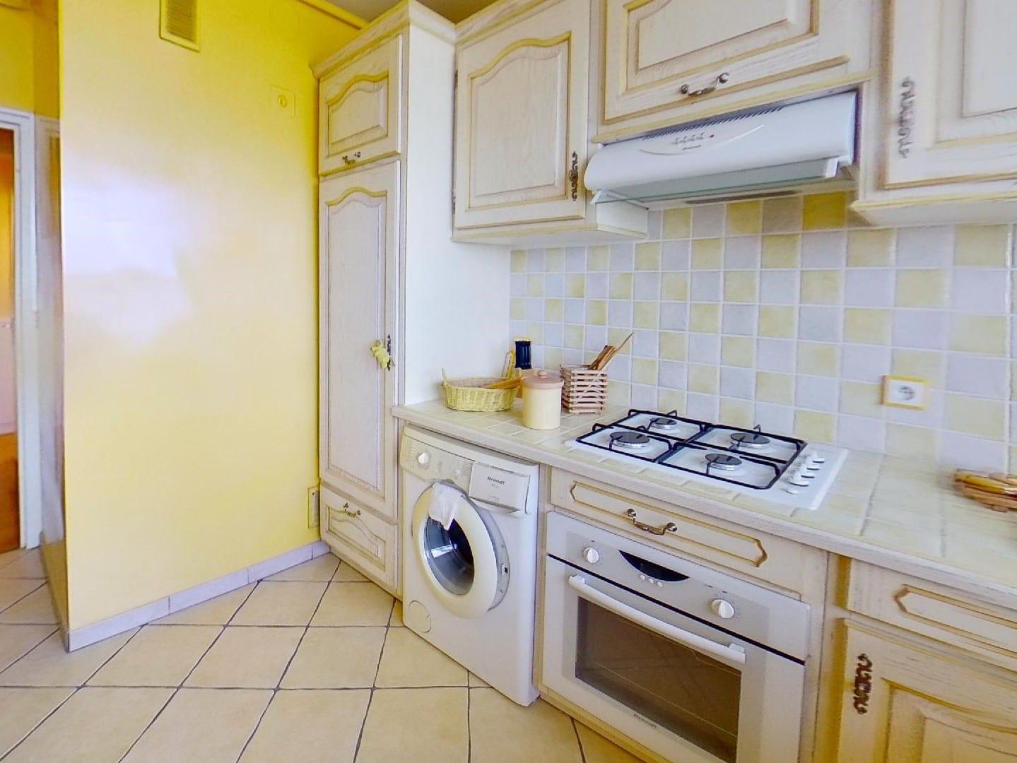 appartement à vendre à maisons alfort: 2 pièces 50 m², cuisine indépendante aménagée et équipée