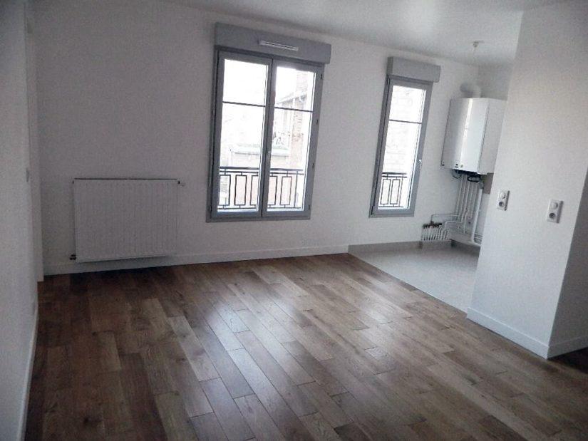 appartement maisons alfort: 2 pièces à louer, séjour vue jardin