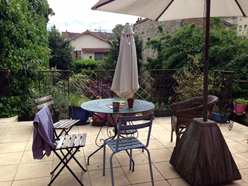agence immo 94: maison 6 pièces 180 m², belle terrasse surélévée au 1° étage