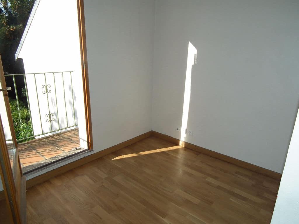 maison a vendre alfortville: maison 6 pièces 179 m², chambre avec balcon