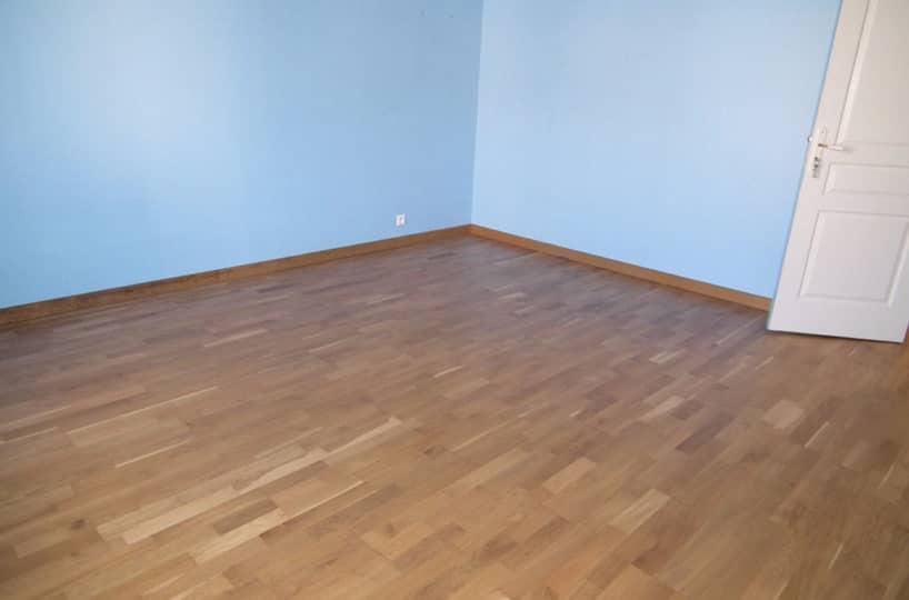 immobilier 94: maison 6 pièces 179 m², chambre à coucher, parquet au sol
