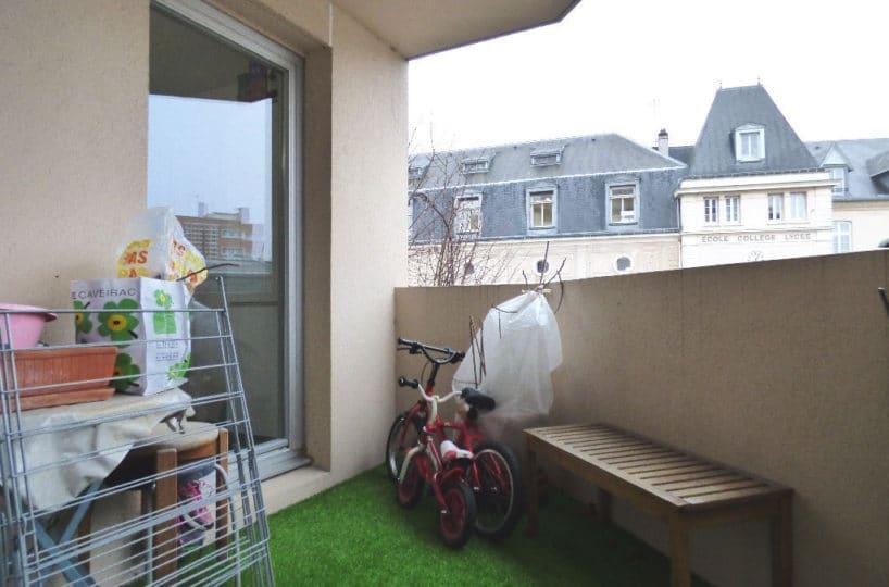 agence immo charenton le pont: à vendre appartement 3 pièces 68 m² avec balcon, cave, parking, quartier calme