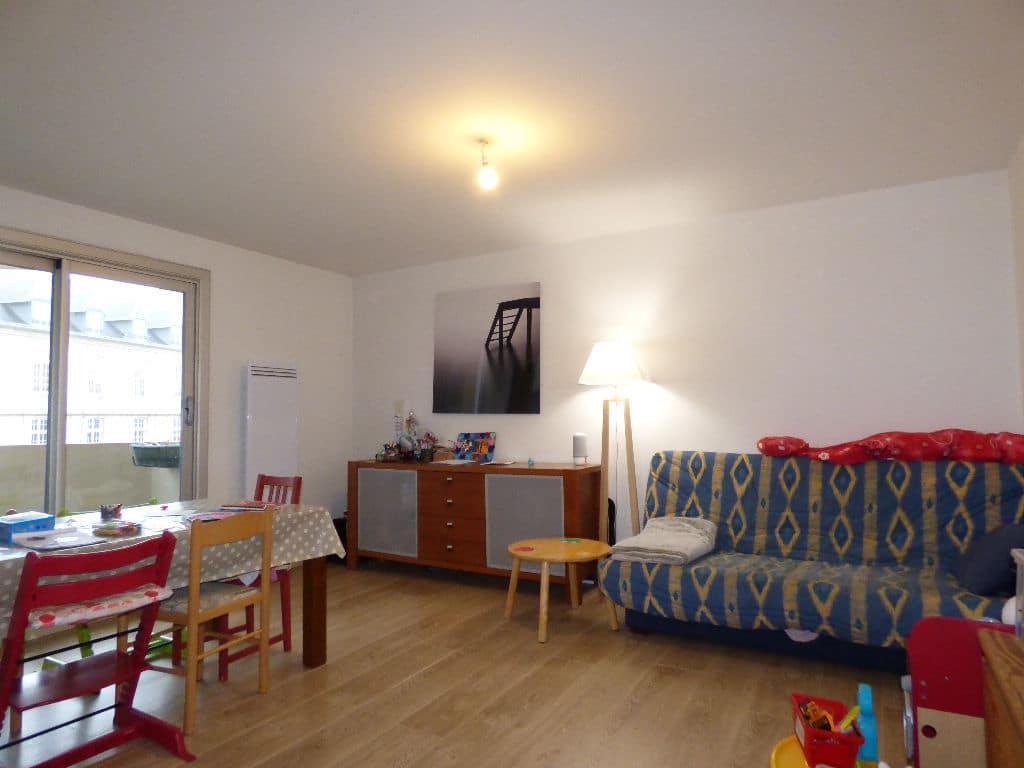 agence de la mairie charenton: appartement 3 pièces, séjour double lumineux avec balcon