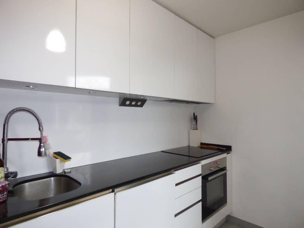 agence immobilière 94: appartement 3 pièces, cuisine aménagée ouverte sur salle à manger