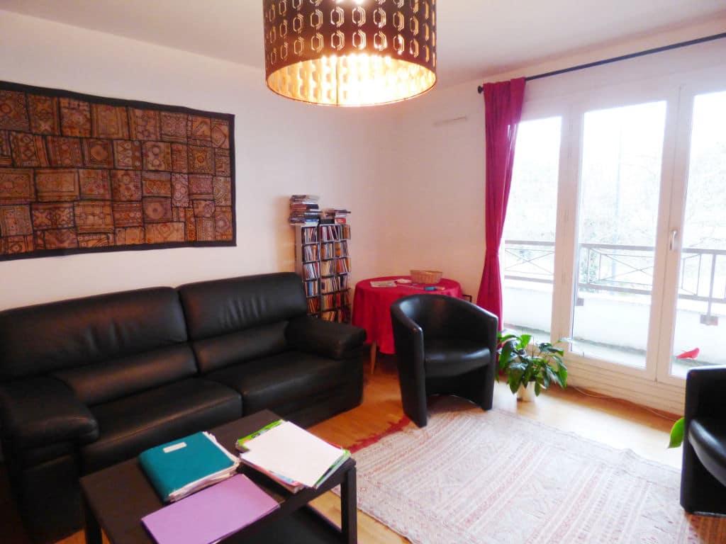 immo maisons alfort: appartement 3 pièces 65 m², séjour avec balcon de 7.70 m²